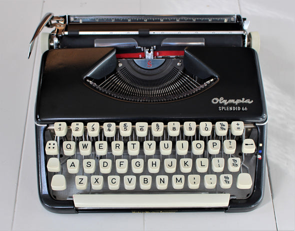 Vintage 1960s Olympia Splendid 66 Typewriter - Amazing Condition!