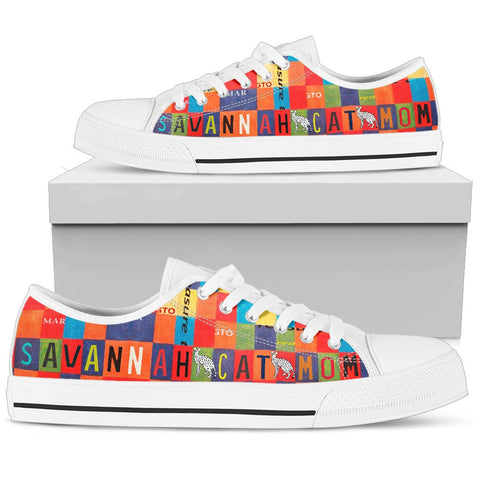 Savannah Cat Mom Print Low Top Canvas Shoes For Women