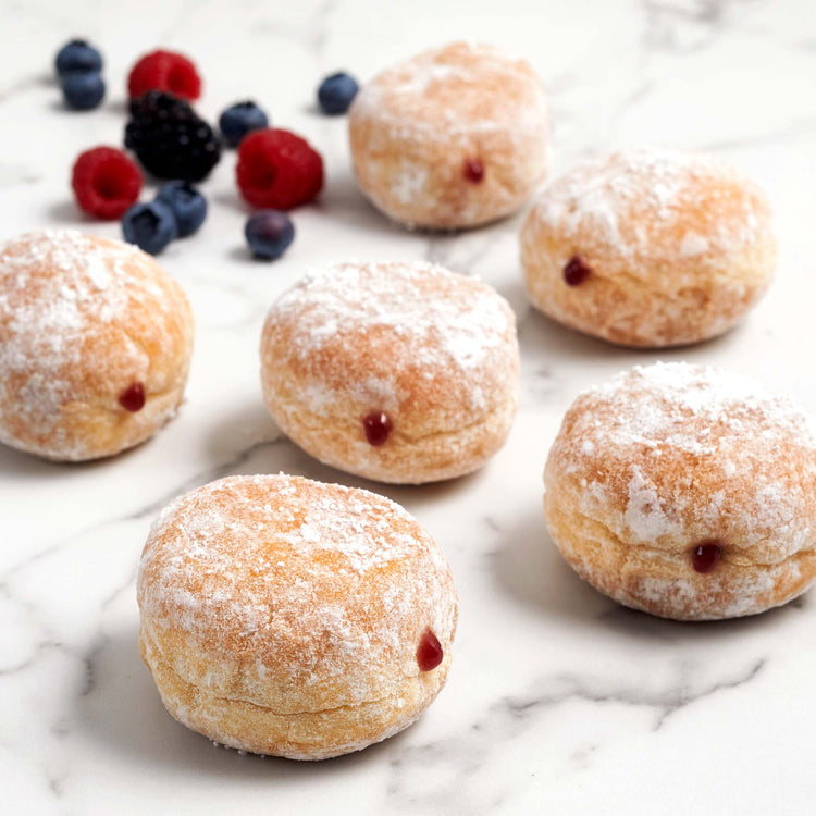 Mini Beignets with Mixed Berries - Valice - Mini Beignets with Mixed Berries - Valice