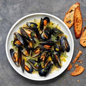 Mussels with Leeks, Fennel and White Wine