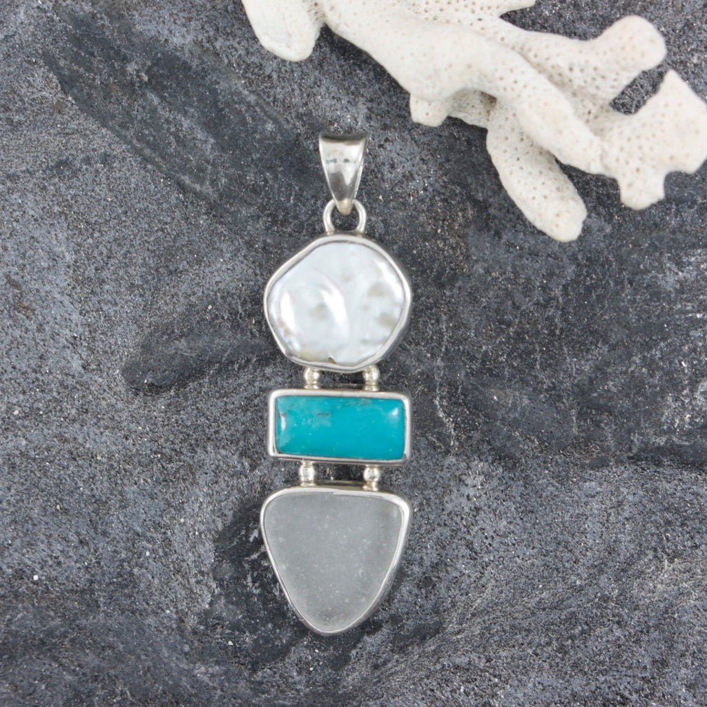 White Seglass  Silver Pendant With  Freshwater Pearl And a Gorgeous piece of Turqouise
