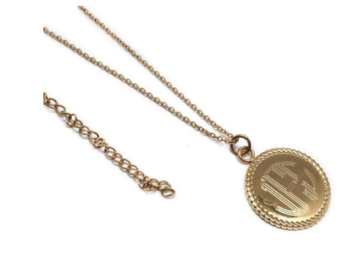 Rope Pendant Engraved Necklace