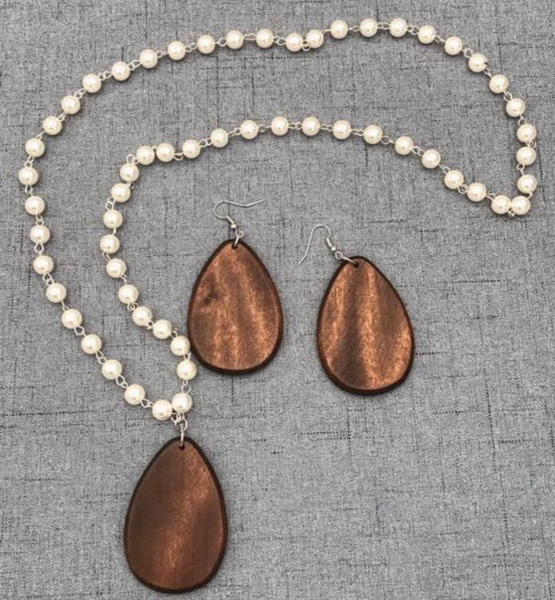 Engraved Teardrop Earrings and Necklace Set