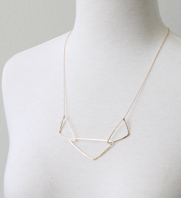 Cornered Geo Necklace, gold detail