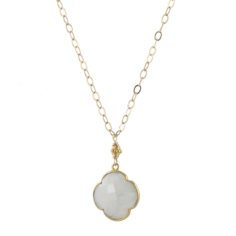Clover Gemstone Necklace in moonstone