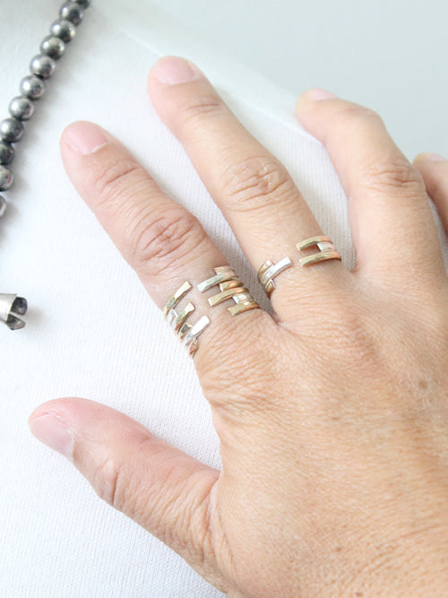 Mixed metal adjustable stacking rings