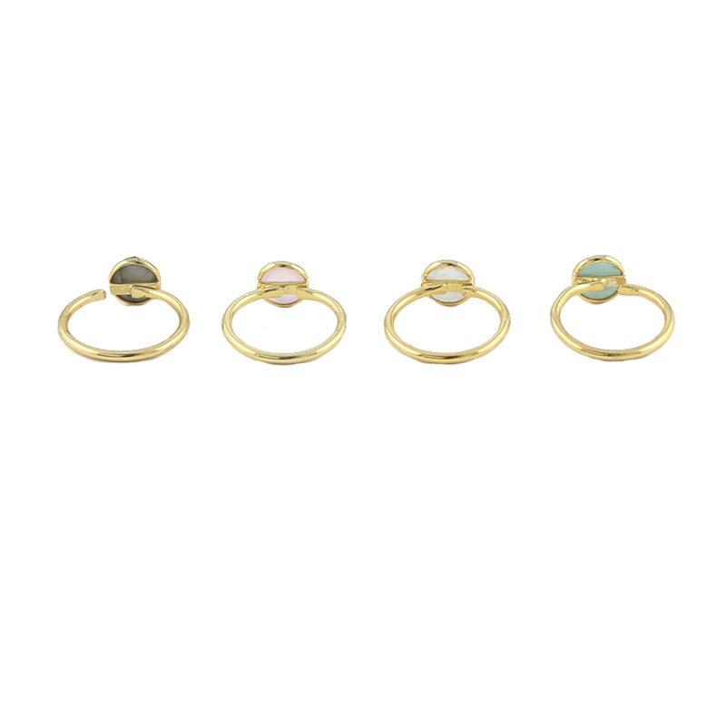 Round cut gem rings