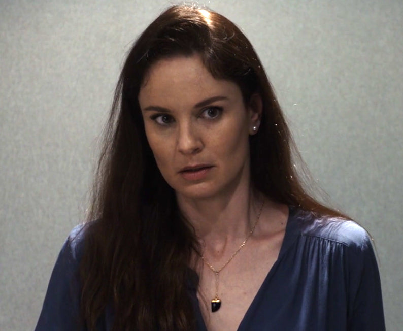 Sarah Wayne Callies onyx horn necklace from Prison Break
