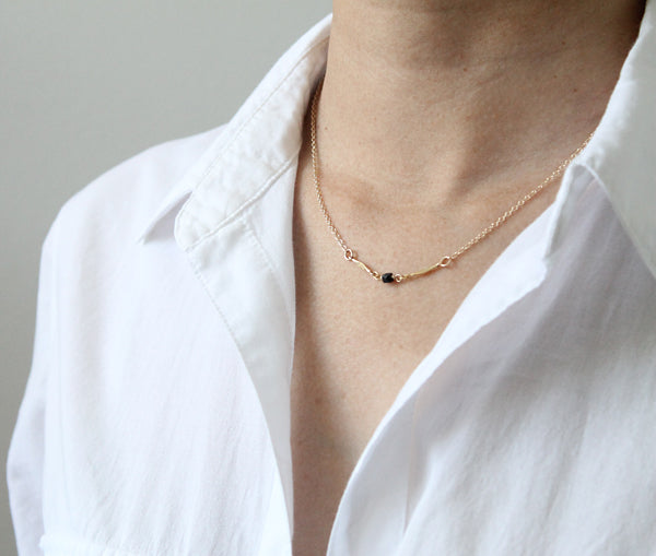 Single Stone Necklace detail black spinel
