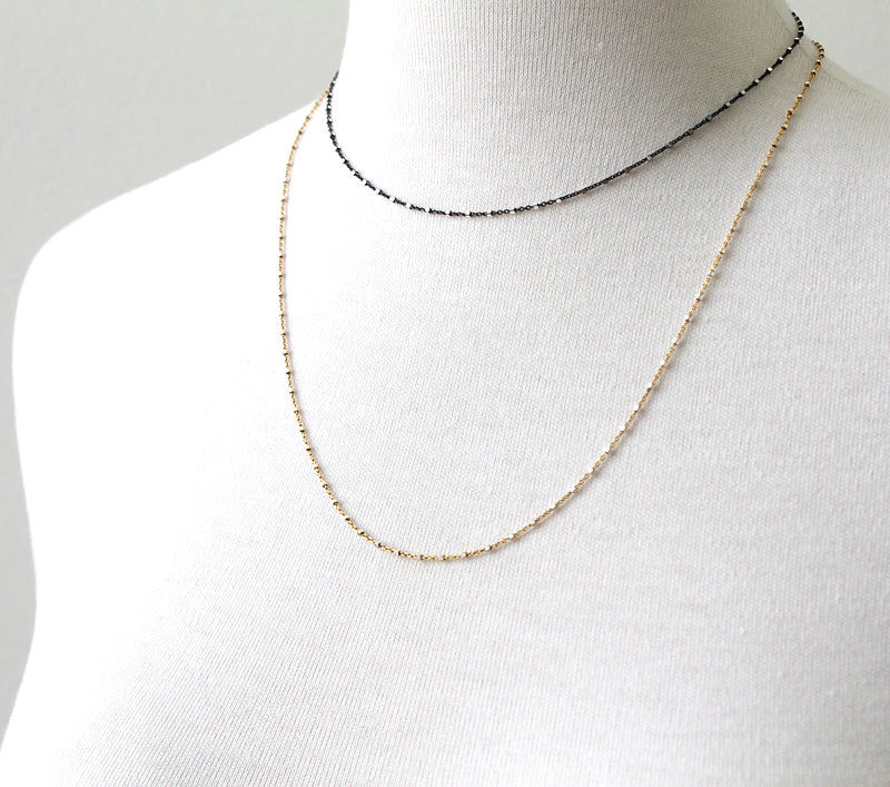 Squared oxidized sparkle chain necklace