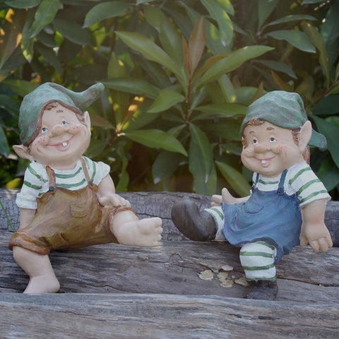 Twin Garden cute gnome for home lawns