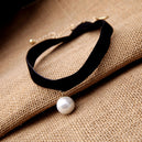 "Collier Black ""Pearl"""