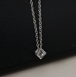 "Collier Cubes ""Geometric"""