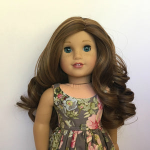 Zazou Dolls Exclusive Lovely WIG Almond Roca for 18 Inch dolls such as OG and American Girl