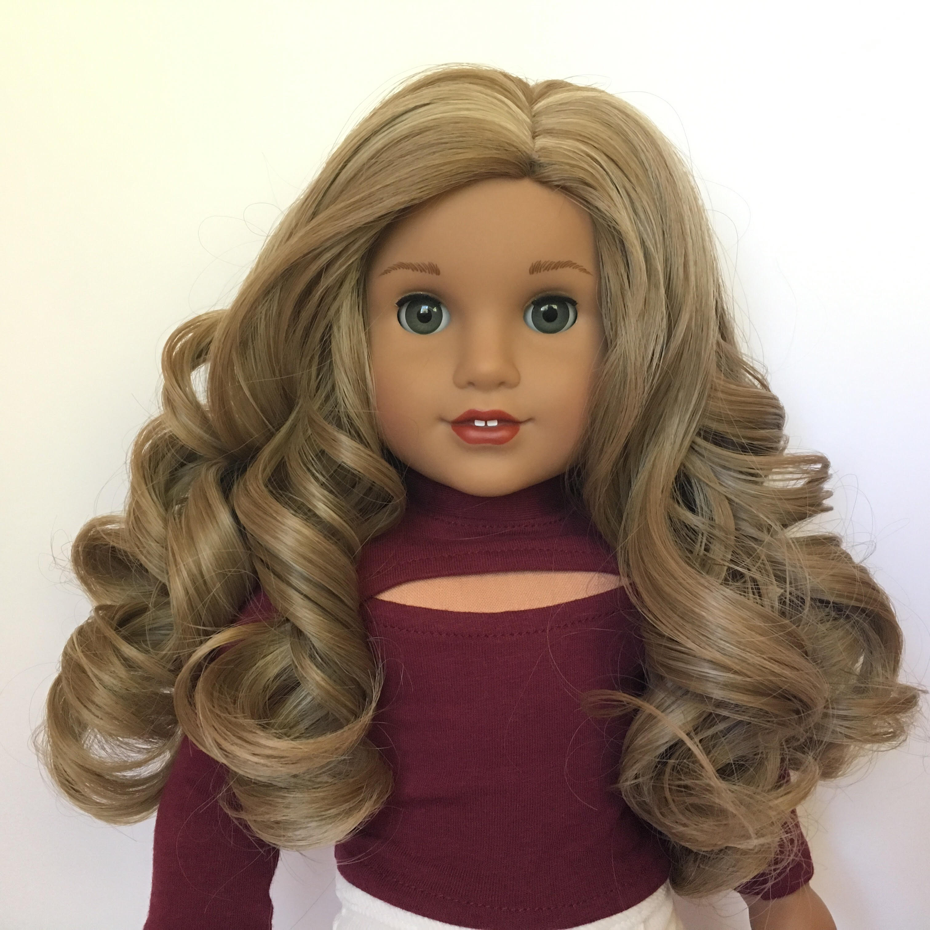 Zazou Dolls Exclusive Lovely WIG Golden Wheat for 18 Inch dolls such as Journey and American Girl