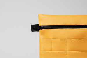 Pouch color miel