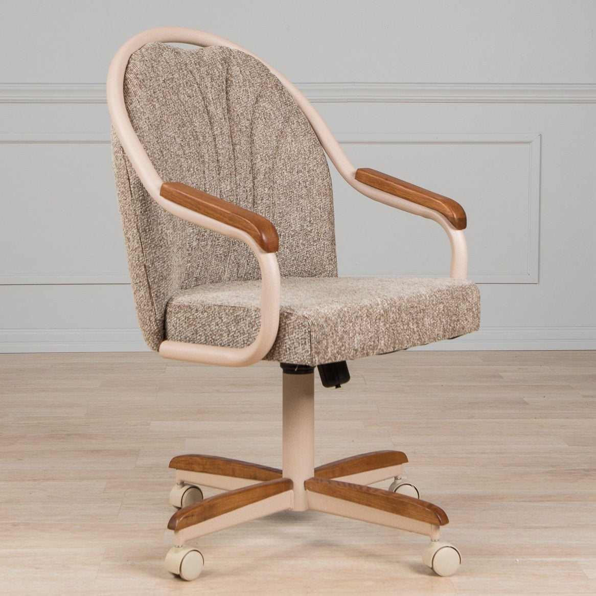 Swivel-and-Tilt Rolling-caster Chair