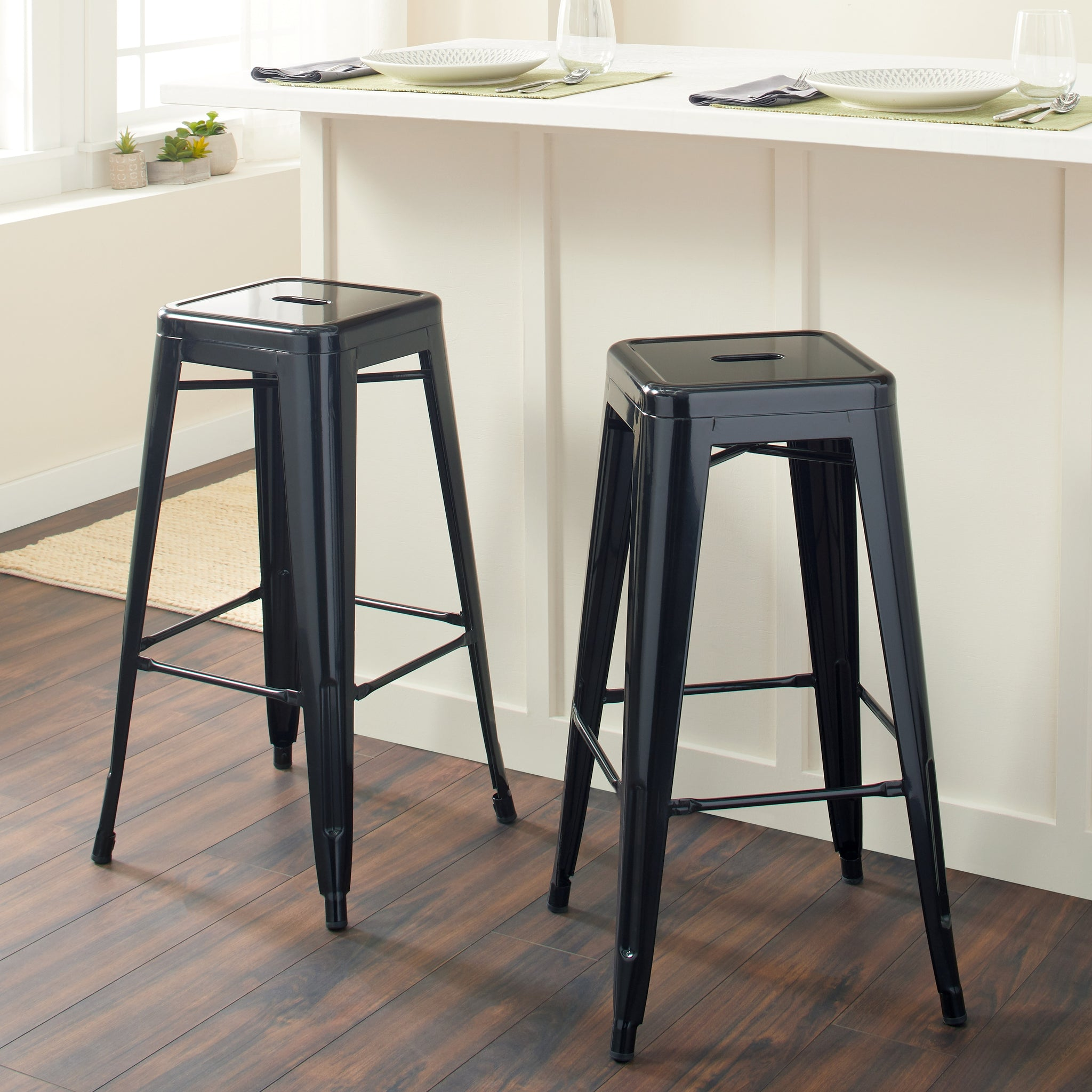 30-inch Black Metal Bar Stools (Set of 2)