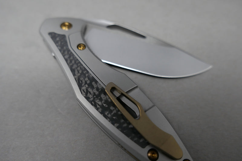 Arius Carbon Inlay Satin Flats Burnished Blade Copper Hardware Clip & Backspacer