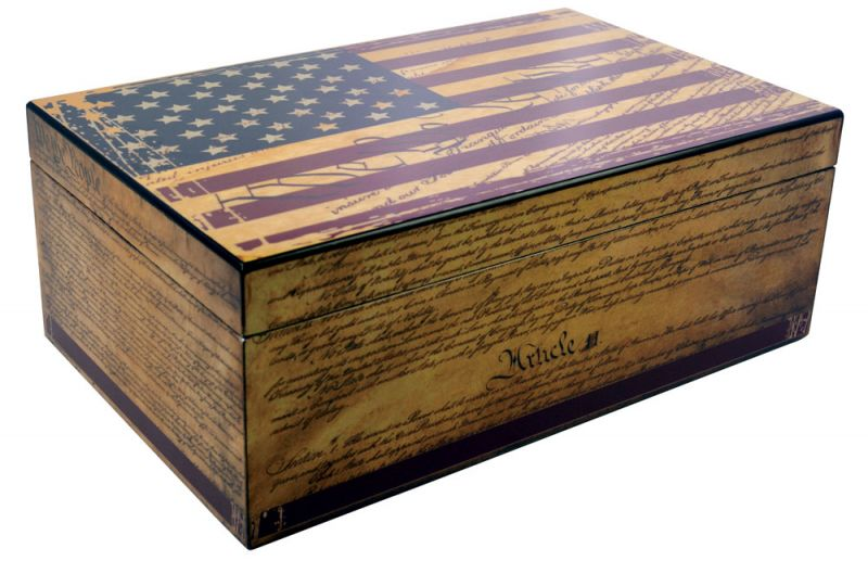 Humidor Supreme Constitution American Flag - 100 Cigar Capacity