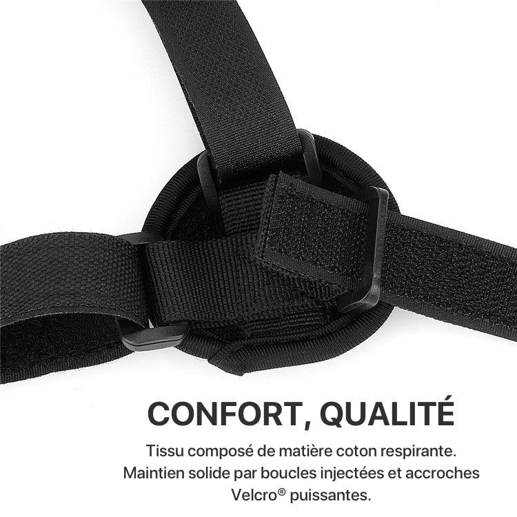 Un homme porte une sangle redresse-dos BACK.STRAP confortable