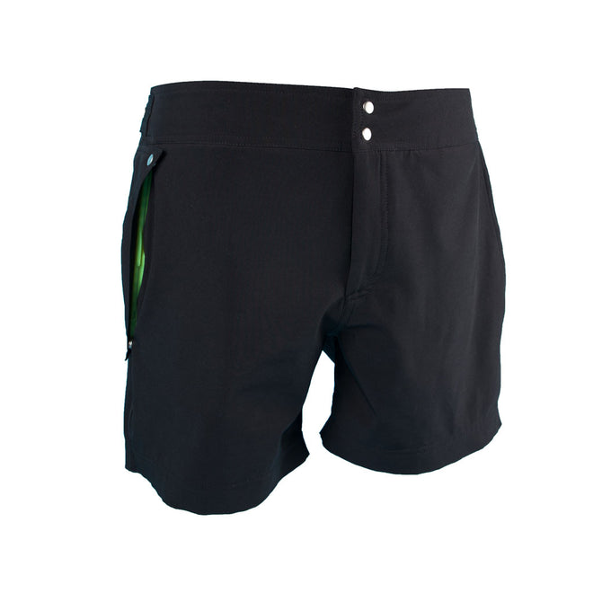 The Explorers Shorts - Black Edition