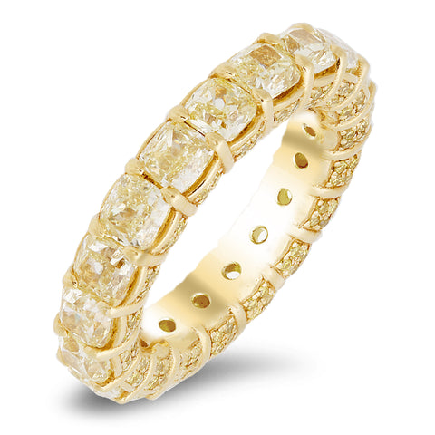 18K yellow gold band with 0.66 CT and 7.29 CT diamonds