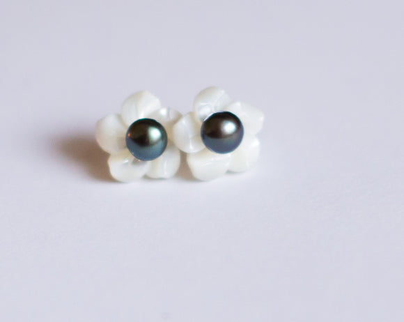 Oyster and Black Pearl Stud Earrings