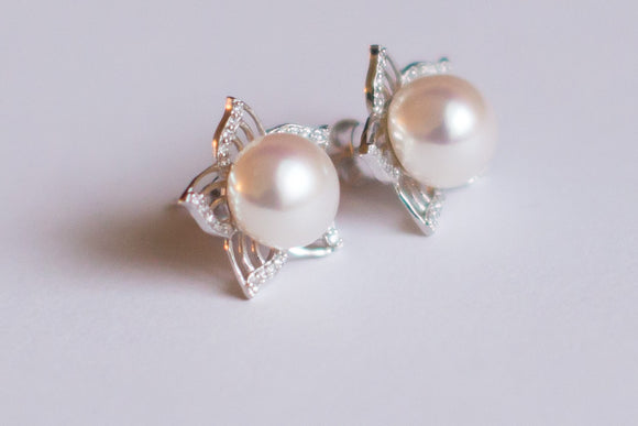White Pearl Sterling Star Studs