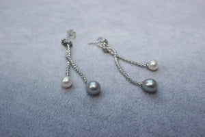 Double Lost Blue & White Pearl Drops