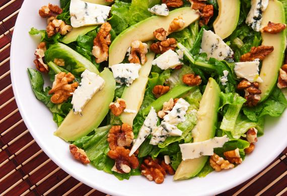 Avocado & Walnut Salad