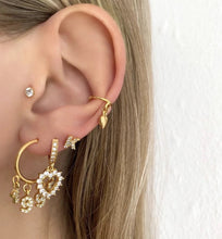 Crystal Earring Heart  (14ct Gold plated)-contains one earring
