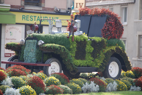 Floral display of a car in Vertus, a Champagne cotes des blancs village