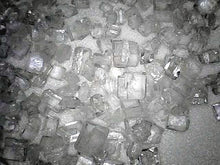 Image of sugar cubes transmitted to a windows PC over WiFi by the Levenhuk DTX 720 WiFi Digital Microscope (SKU: 67948).