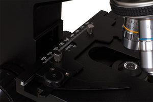 Stage with stage clips, objectives, and condenser for the Levenhuk D870T 8M Digital Trinocular Microscope (SKU: 40030).