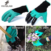 Rubber Garden Gloves With Plastic Claws