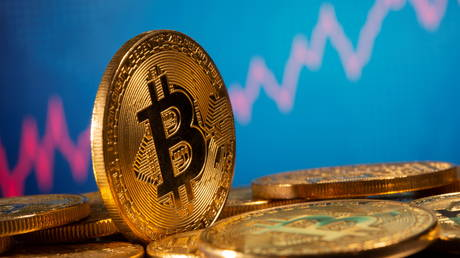 Bitcoin hits all-time high, surging past $20,000: deVere Crypto exchange