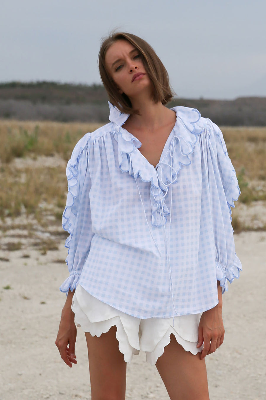 THE BULGA SCALLOP GINGHAM SKY BLUE TOP