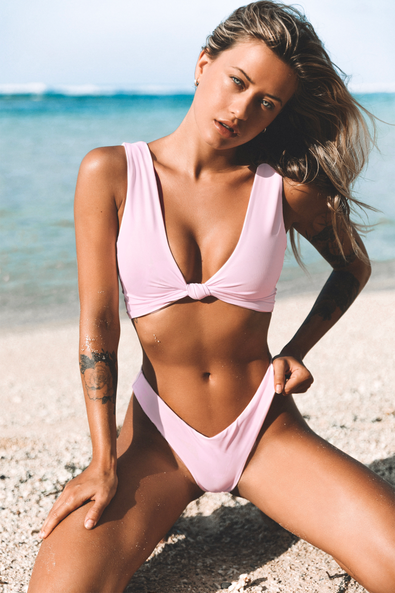 Havana Knot Top Tropical Pink Pale Soft - Wave Babe Swimwear - Best swimwear brands. Hawaii. California. Bikini Top High Cut Bottoms. Gorgeous SS19 Full Support Coverage Sexy Swimsuit. High Quality Soft Comfortable Scoop Back. Minimalist Push-up.