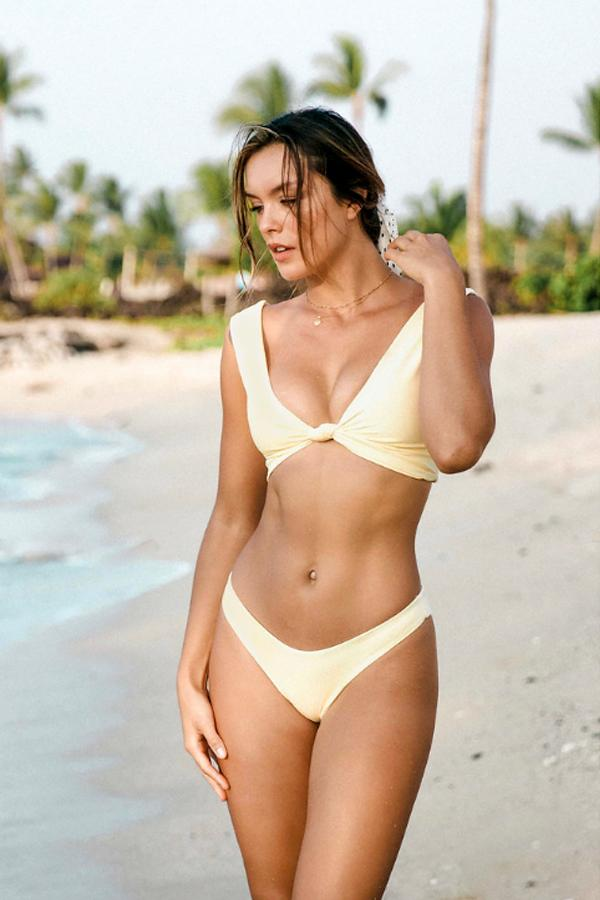 Havana Knot Bikini Bottom Soft Yellow Hibiscus - Wave Babe Swimwear - Best swimwear brands. Hawaii. California. High Cut Bottoms. Gorgeous SS19 Sexy Timeless Swimsuit.