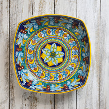 Load image into Gallery viewer, Large Square Bowl (30cm) - Giglio