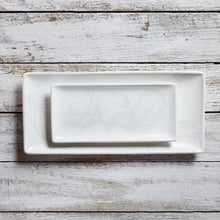 Load image into Gallery viewer, Rectangular tray - small (11cm x 23cm) - All White