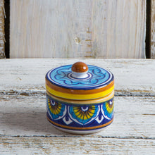 Load image into Gallery viewer, Trinket box with knob on lid - 4cm high