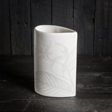 Load image into Gallery viewer, 'Simple' vase - small (20x12cm)- All White