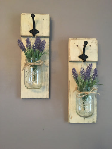Distressed Rustic Mason Jar Sconce, Farmhouse Decor, Reclaimed Wood, Shabby Chic, Dining Room Decor, Housewarming Gift, Gifts for Her, Mason Jar Holder