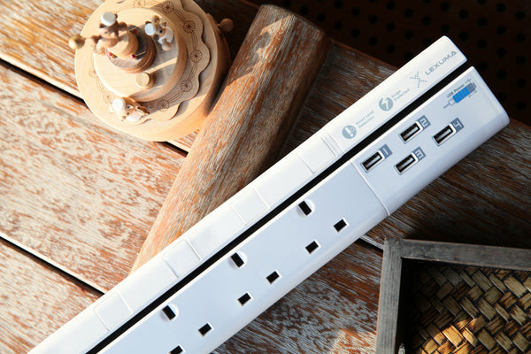 Lexuma XStrip XPS-S1640 6 socket UK Gang Surge Protected Power Strip with Smart IC 4 USB Charging Ports universal power strip best smart argos travel extension energy saving plug electricity smart strip homekit strip lgc3 smartthings argos travel power strip extension cord led power strip 英規 防雷拖板 防雷保護器拖板 USB拖板 拖板 - GadgetiCloud