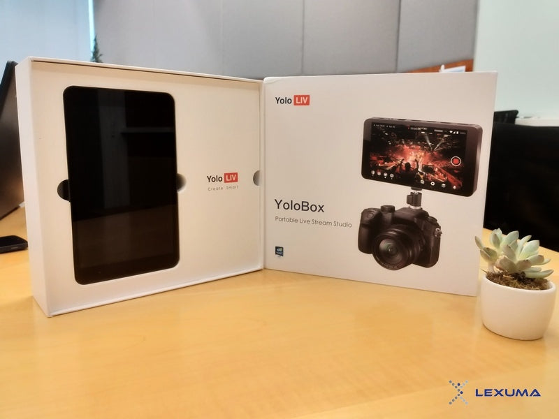 GadgetiCloud YoloLiv YoloBox Unboxing Product Review with simple setup overview black in color