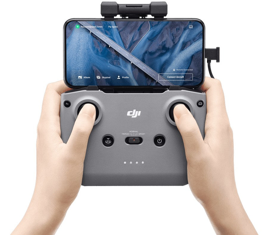 dji-mavic-air-2-fly-more-combo-drone-content-feature-12-remote