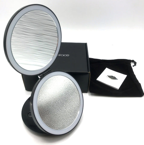 LED Lighted 3-fold Travel Compact Makeup Mirror 1X/7X Magnification magnifying mirror standing makeup magnifying bathroom s with lights trifold battery magnifying glass absolutely lush best hand zadro round makeup jerdon makeup reviews natural makeup estala hollywood vanity fancii travel makeup gala 10x magnifying makeup bestmakeup makeup with lights best ratedmakeup anjou makeup kensie vanity vanity with lights tri fold vanity wall mounted makeup - GadgetiCloud