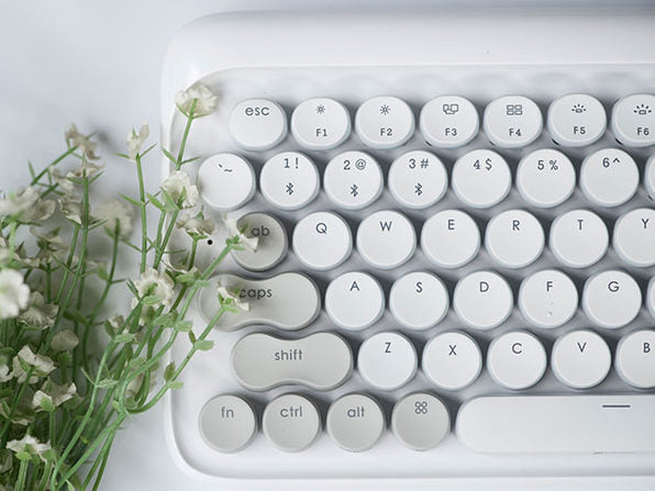 Lofree Wireless Mac Mechanical Keyboard - Vernal White - GadgetiCloud